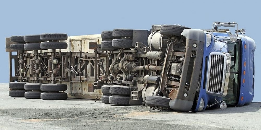 How to Seek Compensation for Your 18-Wheeler Accident Injury?